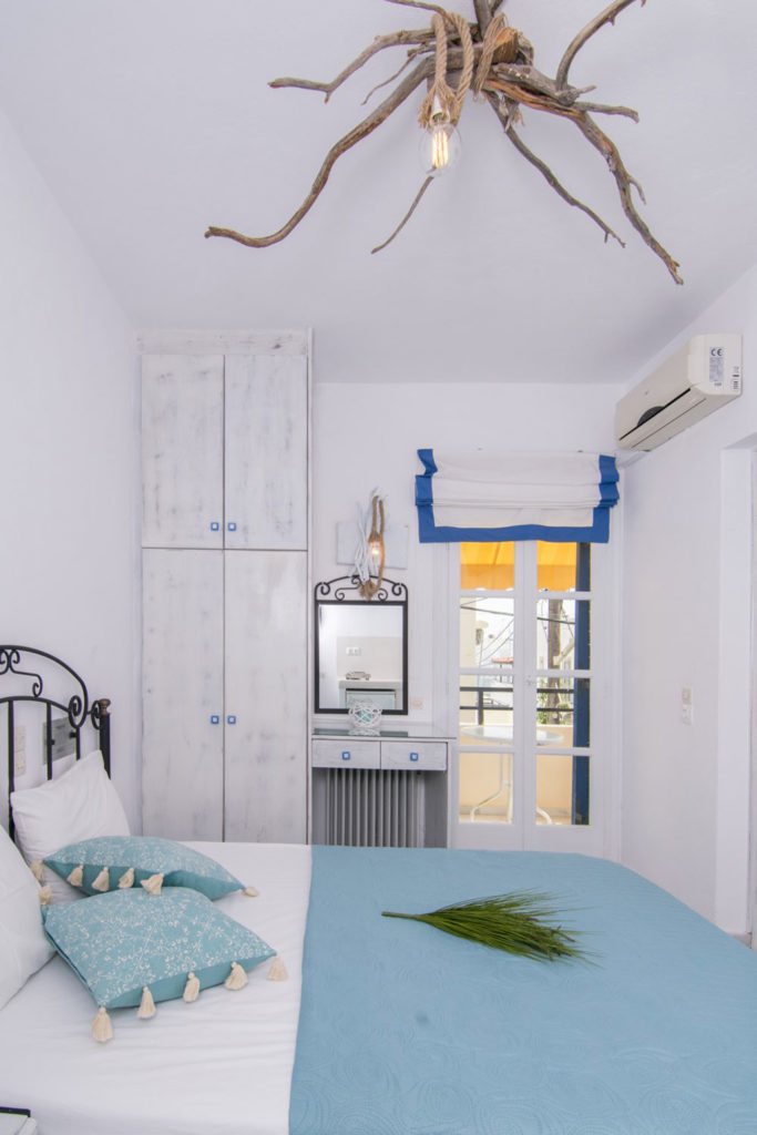 studios-naxos-irene-small double room